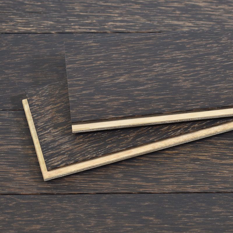 palmwood flooring detail - black sand